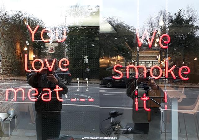 burger,barbecue,américain,viande,fumé,whiskey, holey smoke, moins de 50 euros, moins de 25 euros
