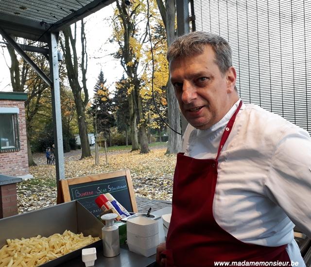 buvette, parc, frites, dimanche, coup de coeur, moins de 25 euros, moins de 50 euros, moins de 75 euros, schaerbeek, bruxelles, resto